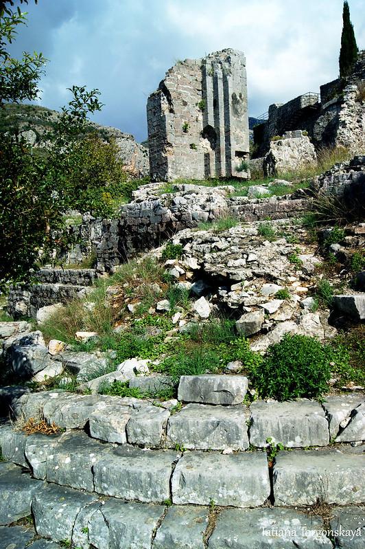 Руины францисканского монастыря
