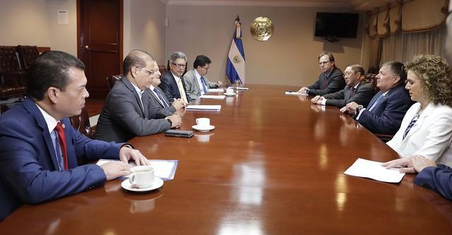 Reunión con Presidente de Avianca, Hernán Rincón.