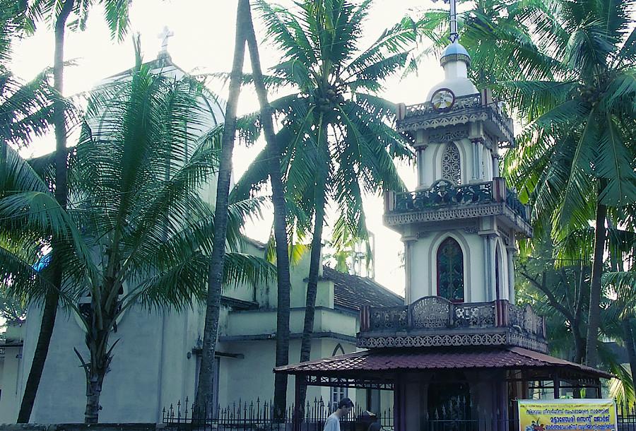 Христианский храм по-керальски © Kartzon Dream - авторские путешествия, авторские туры в Индию, тревел видео, фототуры
