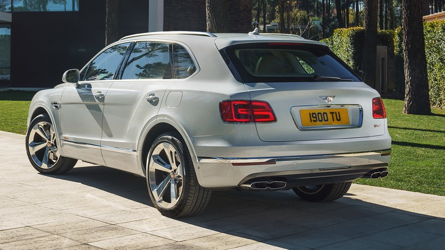 Bentley Bentayga Hybrid 2