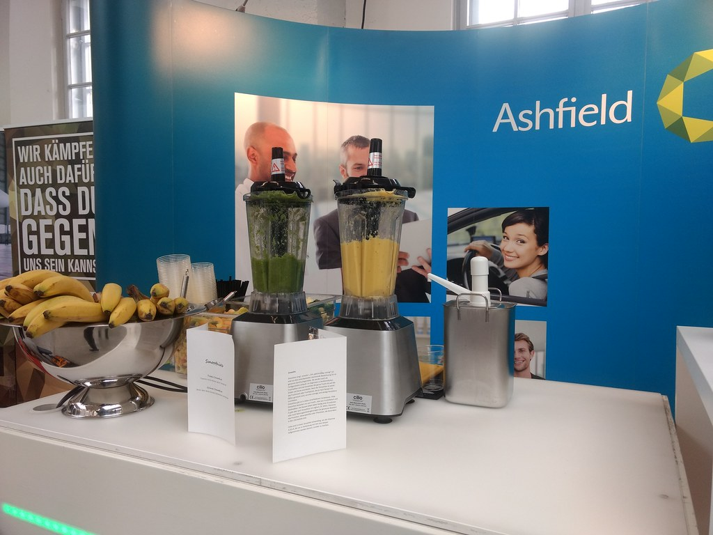 "#Hummercatering #Event #Cratering #Smoothie an unserer #mobilen #Smoothiebar für #Ashfield auf dem #Jobvector career Day #Eventlokation #MVG #Museum #Muenchen #cgn > #muc Mehr #Infos unter https://koeln-catering-service.de/smoothie-catering/messe-event-sm • <a style=""font-size:0.8em;"" href=""http://www.flickr.com/photos/69233503@N08/40551827301/"" target=""_blank"">View on Flickr</a>"