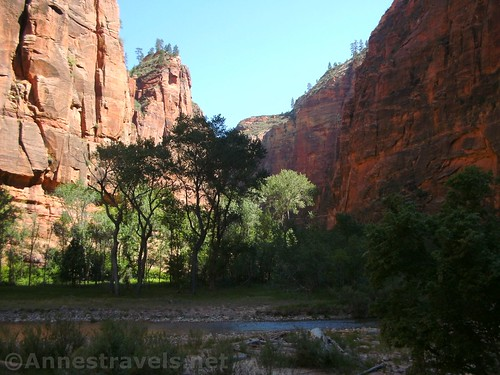 Hiking up the Virgin River via the trail to the Narrows, Zion National Park, Utah