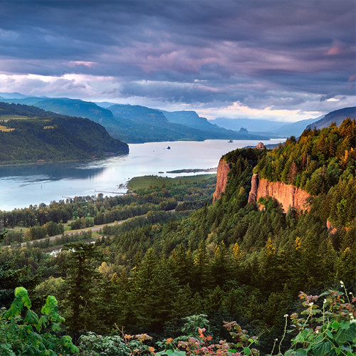 Hood-Gorge_Spend_Labor_Day_Exploring_West_Columbia_River_Gorge