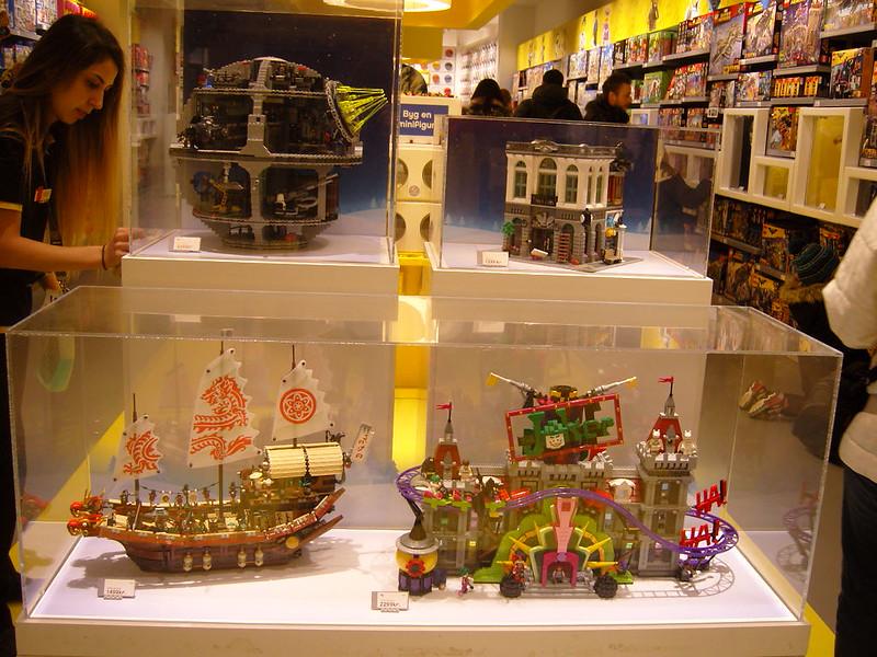 Επίσκεψη στο official Lego Store Copenhagen! 24916499717_9e391d54f5_c