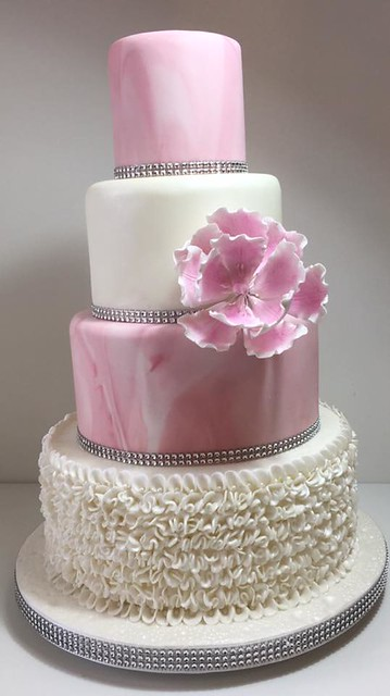 Cake by LinC's Cakes