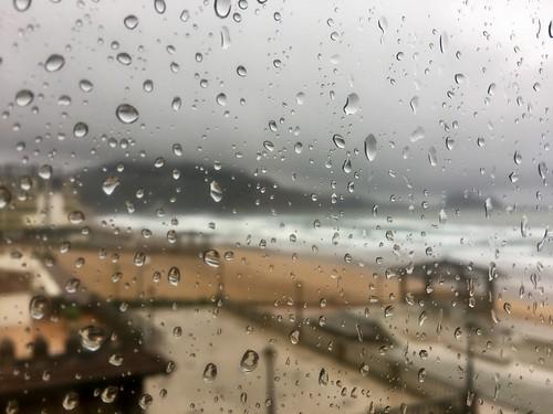 Tiempo muy romántico en la playa de zarautz ( Ideal para trabajar en la oficina o bajo techo jajaaj)