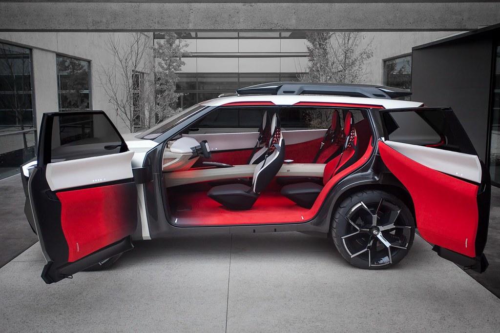Nissan-Xmotion-Concept-243