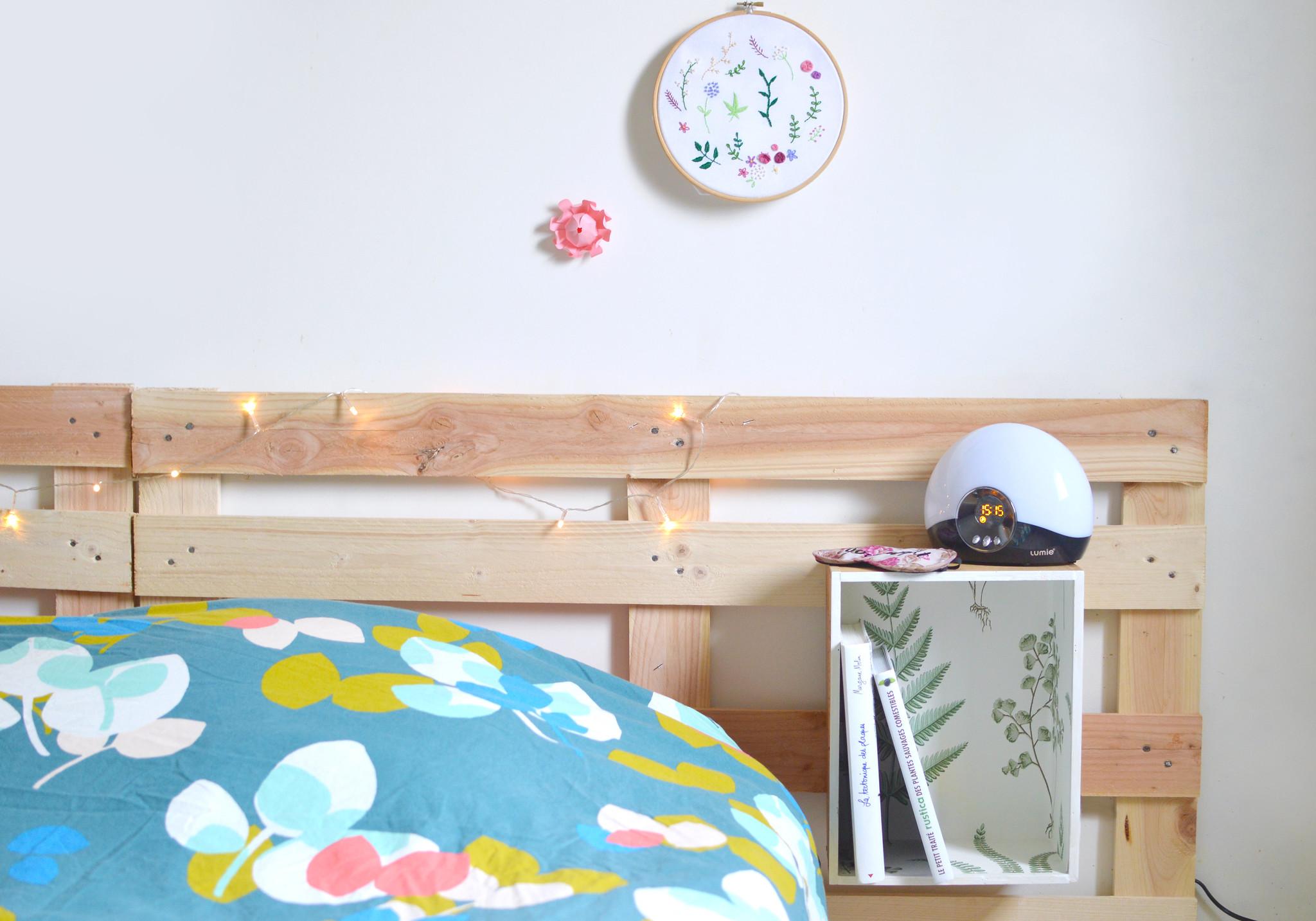 une nouvelle t te de lit diy et r cup 39 les yeux en amande. Black Bedroom Furniture Sets. Home Design Ideas