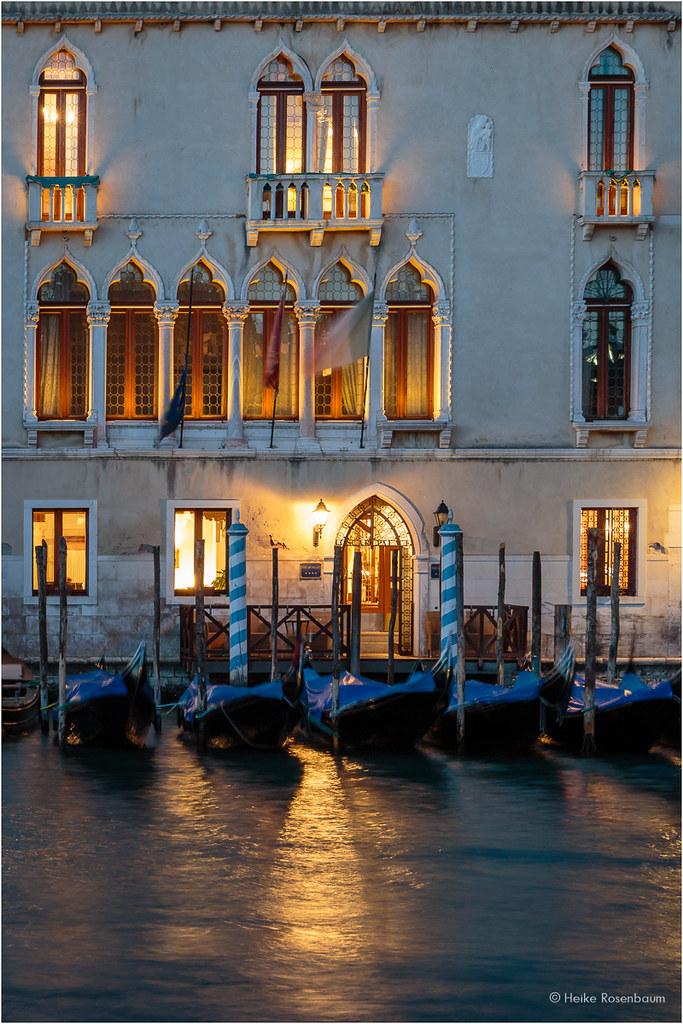Hotel Atlantide - Venice - Official Site - 2 star hotel