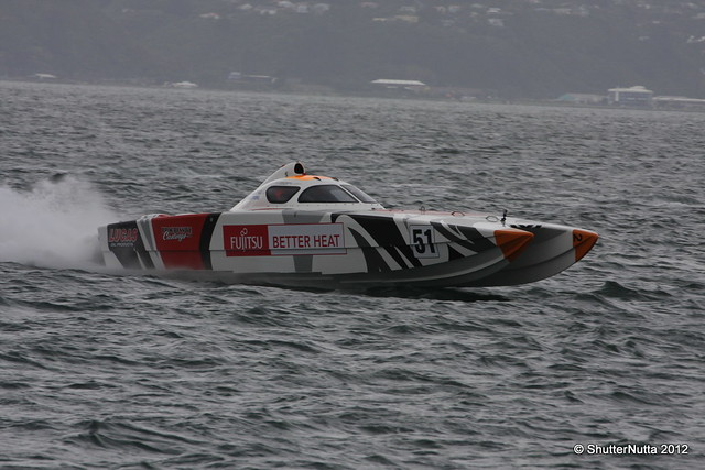 Powerboat racing, Wellington 4-2012 (67), Canon EOS 40D, Tamron SP 70-300mm f/4.0-5.6 Di VC USD