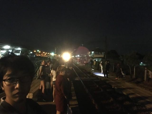 アユタヤからの帰りの電車は席争奪戦