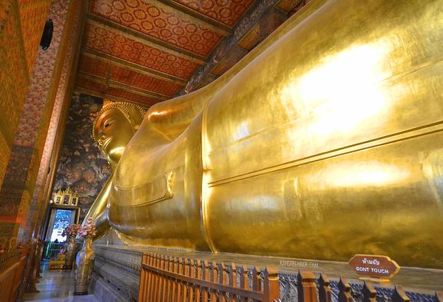 bangkok itinerary reclining buddha wat pho bangkok temples