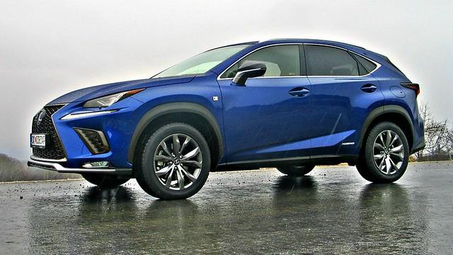 Lexus NX 300h test fl 026_1