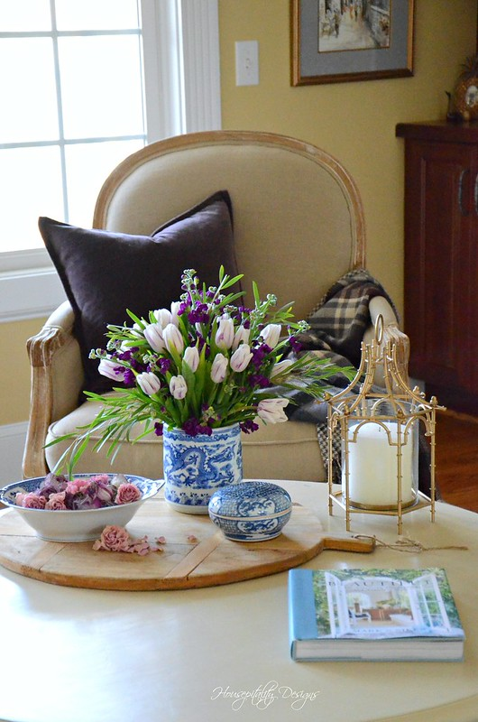 Tulip Vignette-Housepitality Designs