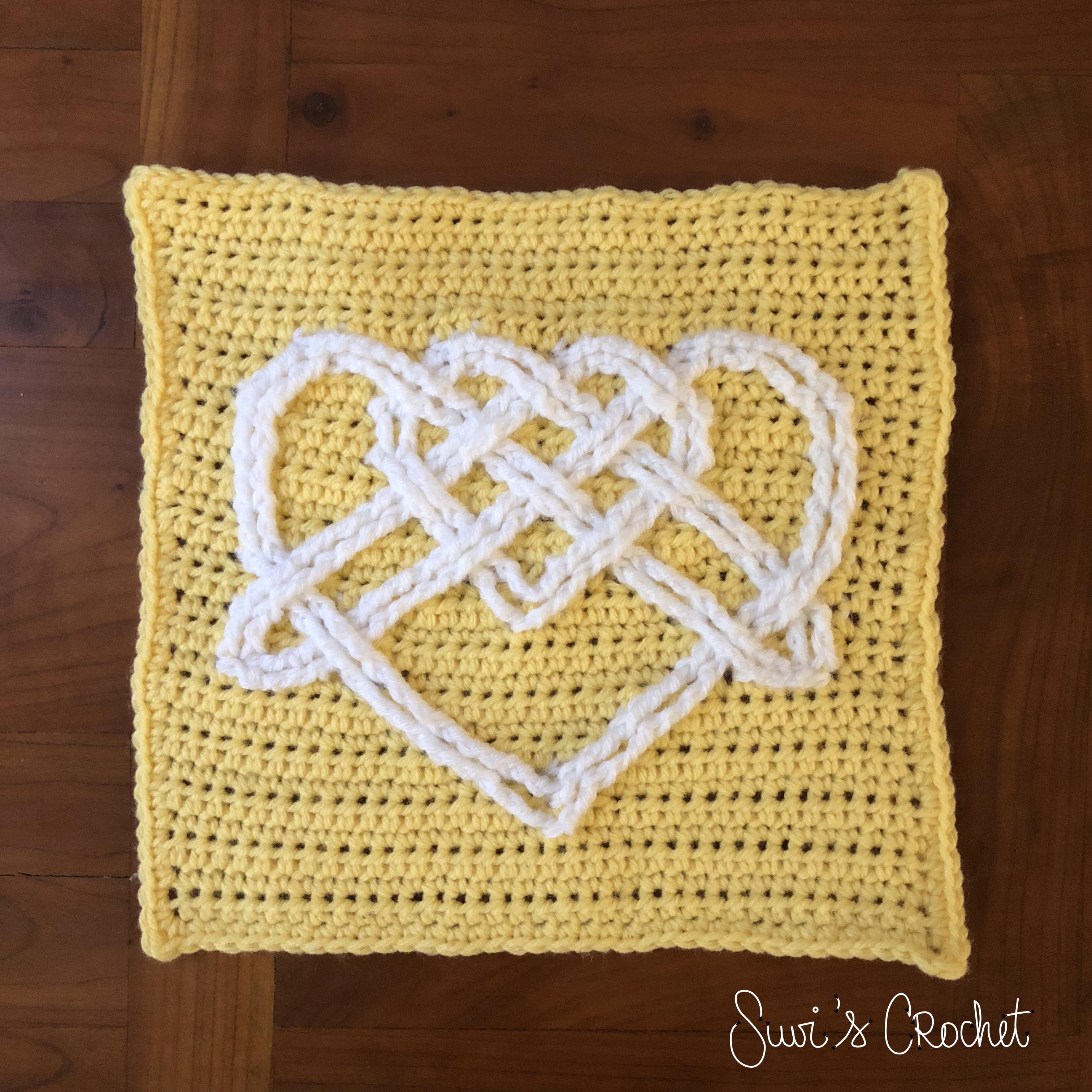 Suvi\'s Crochet: Celtic Heart Square