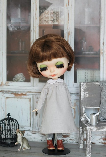 Blythe dress with collar