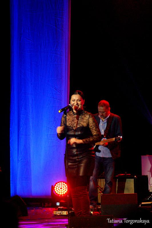 Нина Бадрич на концерте в Херцег Нови