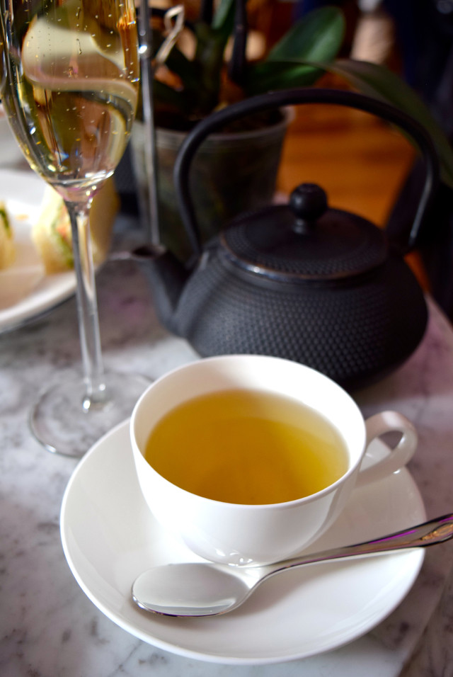 Jasmine Pearl Tea at Kew Gardens #afternoontea #tea #jasminetea #kewgardens #london