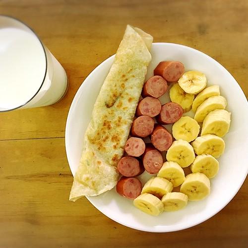 整理即期食材的早餐XD