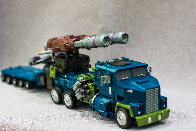 Onslaught Vehicle Mode with Trailer 2