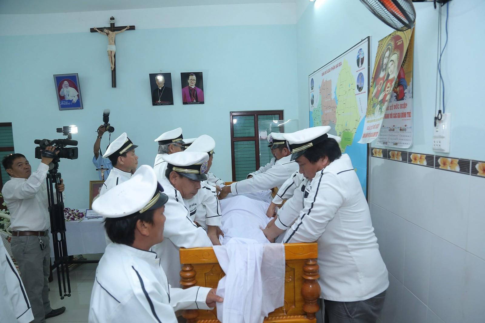 Cầu nguyện cho linh hồn Cha Giuse Đặng Đình An, Cha qua đời vì tai nạn giao thông - Ảnh minh hoạ 20