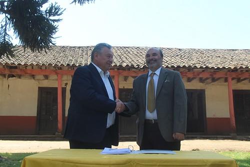 SAN CLEMENTE; DIBAM y Municipio firman acuerdo para Habilitar el Museo Nacional de la Ruralidad