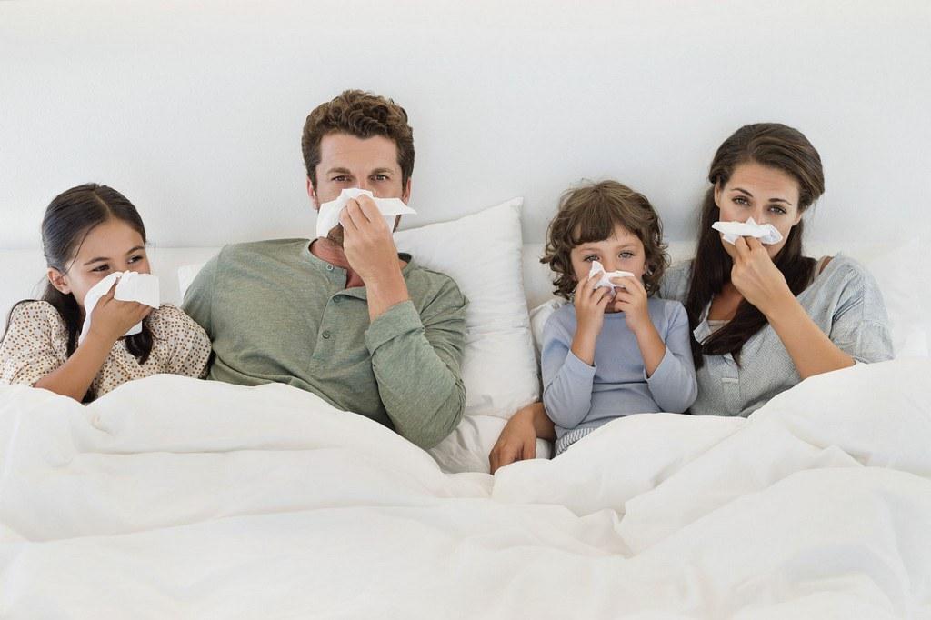 Benarkah TBC dapat Menular Melalui Ciuman dan Berhubungan Intim