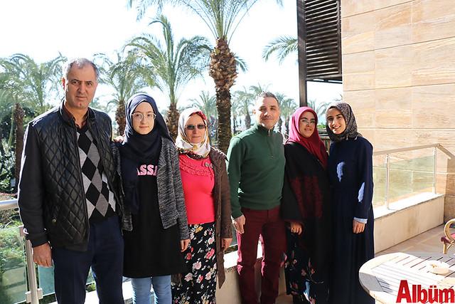 Başkan Türel okul birincisi öğrencilere 5 yıldız otelde tatil hediye etti.