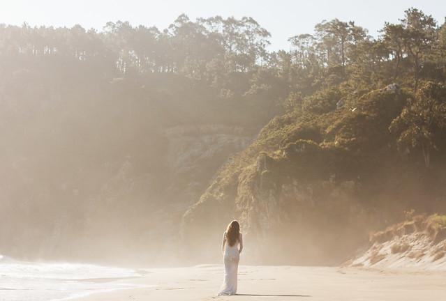 La Champanera blog de bodas - Vestido Yolan Cris - La Mar Studio Foto 2
