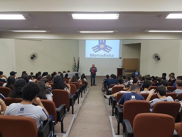 Momento especial dos 9ºs anos - palestra Ricardo Galhardo - 2018