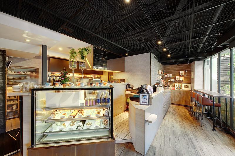 日光咖啡一樓用餐與點餐區