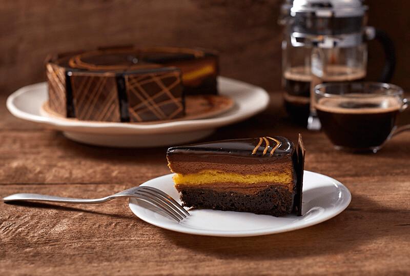 Midnight-Dream-Cake-min