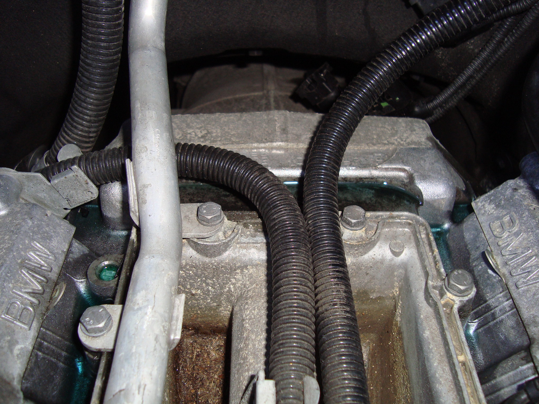 Diy Coolant Exchange Pipe Valley Pan Replacement E70 N62 48l Nissan Engine Diagram In Image Bellow You Can Notice That Has Leaked Out From The Due To Gasket Leak