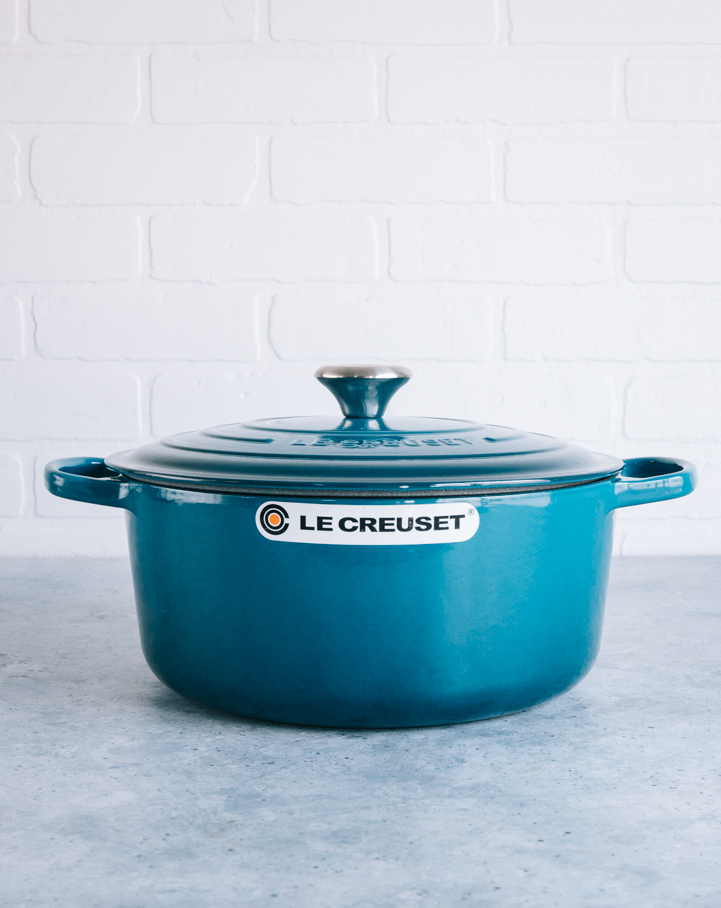 dark teal le creuset dutch oven