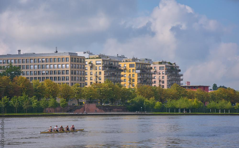 Westhafen-Frankfurt-(2)