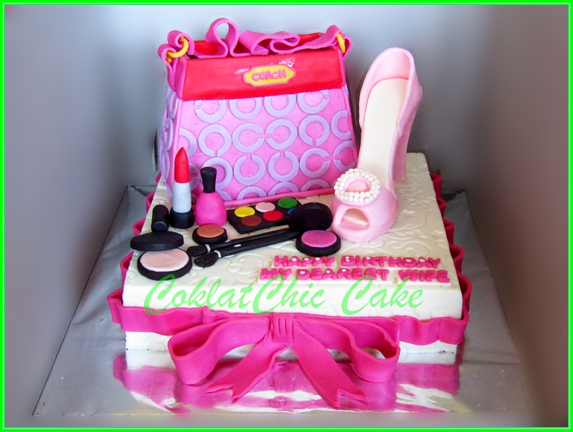 Cake branded bag & shoes 22 cm  for Wife