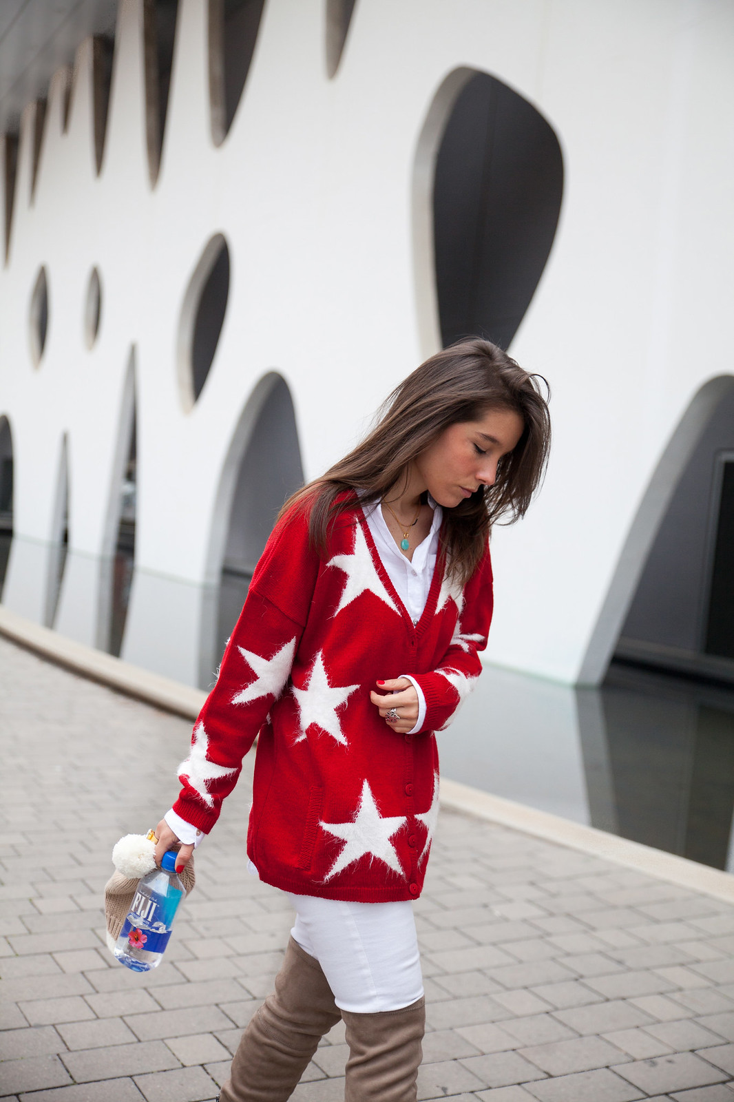 red cardigan supreme nails rüga collection theguestgirl the guest girl stars cardigan style steve madden over the knee shoes fiji water spain barcelona fashion week street style