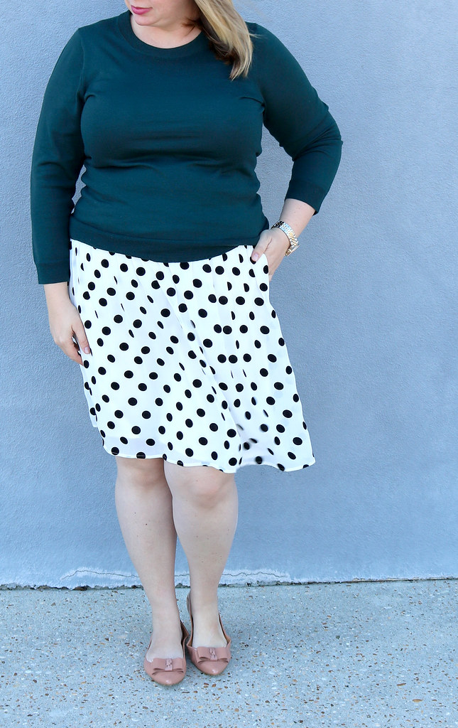 green tippi sweater, black and white polka dot, bow flats 3