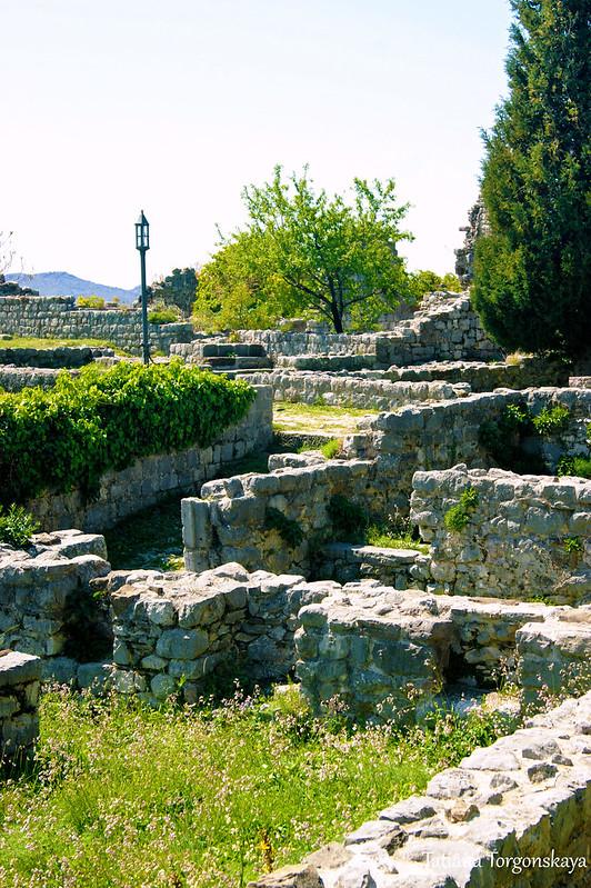 Руины в верхней части Старого Бара
