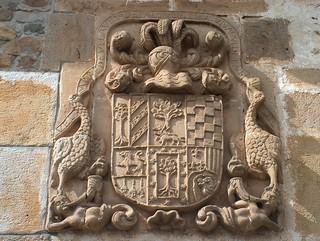 Escudo Casa del Patriarca (Selaya)