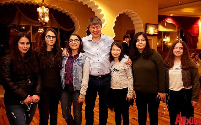 Başkan Türel okul birincisi öğrencilere 5 yıldız otelde tatil hediye etti. -5