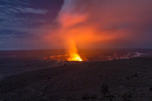 Long Exposure Kilauea Eruption at night