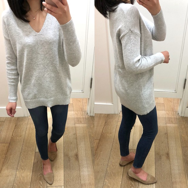 LOFT Slouchy V-Neck Sweater, size XS regular
