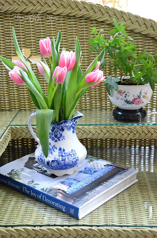 Tulips-Housepitality Designs-2