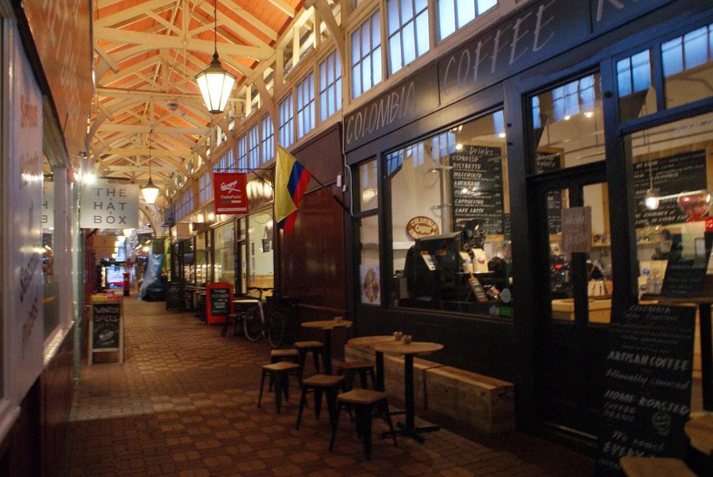 Charmant café du marché couvert d'Oxford.