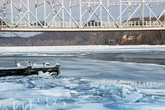 Haddam-Bridge-Above-Ice-Jam-_E0A0135