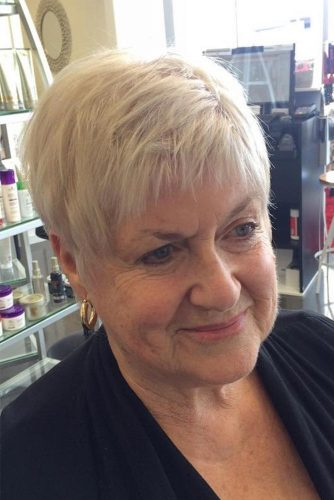 Short Haircuts for Women Over 60 For 2018 3