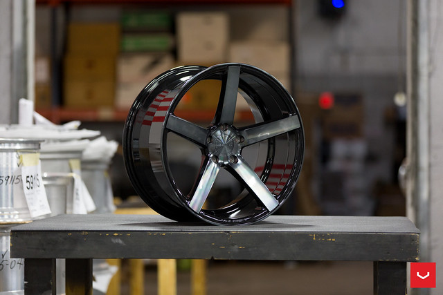 Vossen CV3R | Tinted Gloss Black