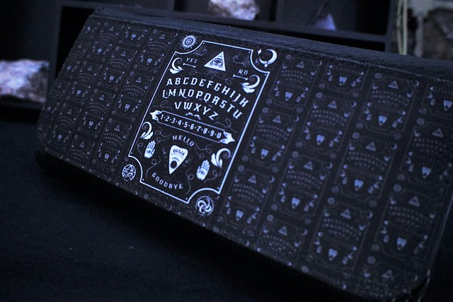 darkside clothing ouija wallet purse 1 (4)