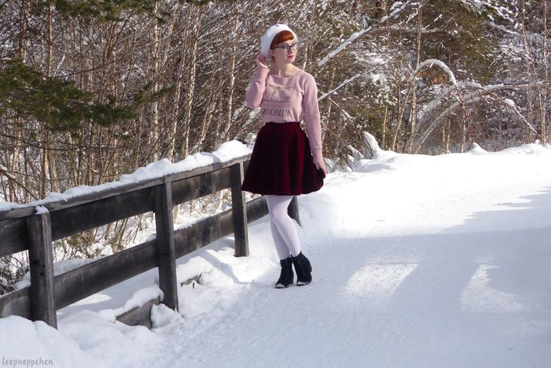 moominin seefeld red velvet 50s midcentury 60s beret ootdsocialclub vintage inspired snow